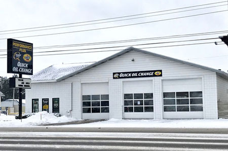 oil change store in Cadillac